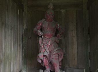 東浪見寺の仁王様(その1)。