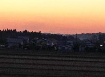房総半島から望む富士山(その3)。一宮町からも見えるってあまり知られてないかも。睦沢町の近く。