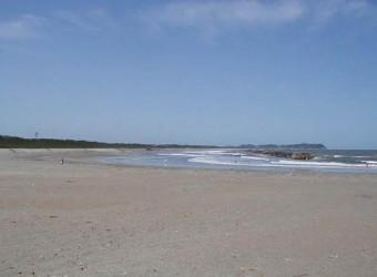 大原海水浴場。ここも遠浅で気持ちいい。いつまでも眺めていたい景色だ。